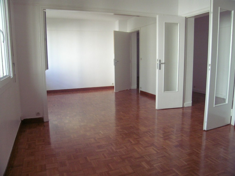 Location appartement Garches 1 445€ CC - Photo 2
