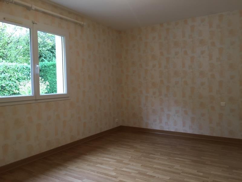Rental house / villa St cyr sur le rhone 900€ CC - Picture 5