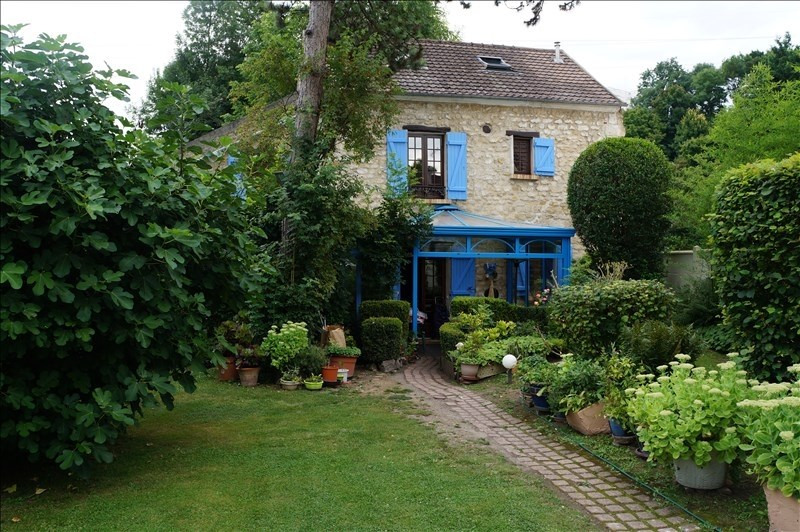 Sale house / villa Pontoise 480 700€ - Picture 1
