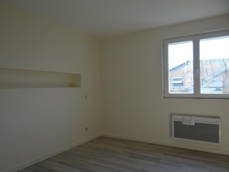 Sale apartment Saint pierre en faucigny 272000€ - Picture 2