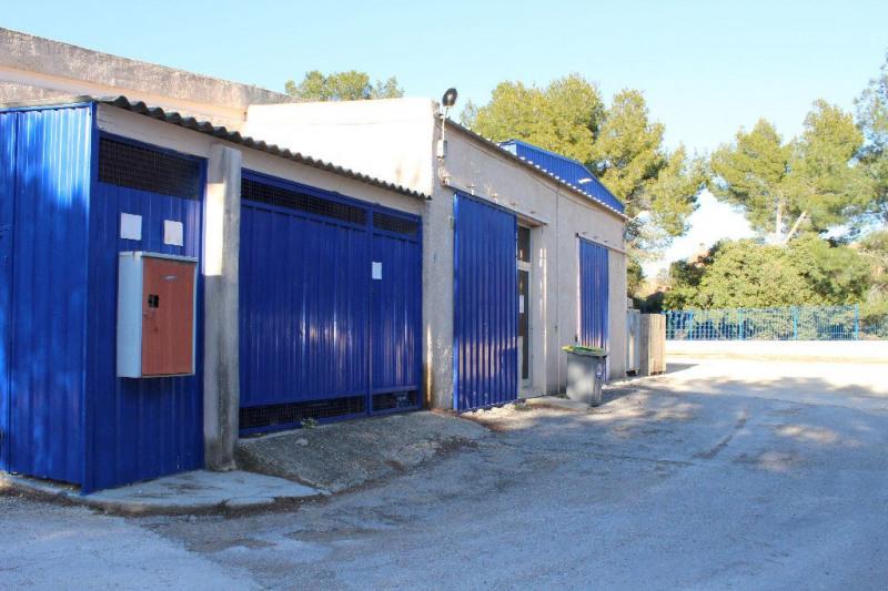 Sale empty room/storage Lambesc 997500€ - Picture 3