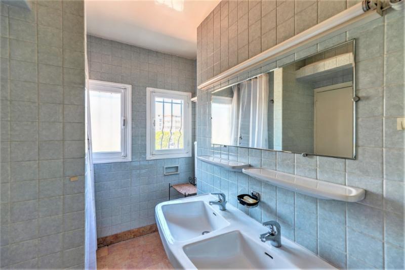 Deluxe sale house / villa Saint laurent du var 884000€ - Picture 18