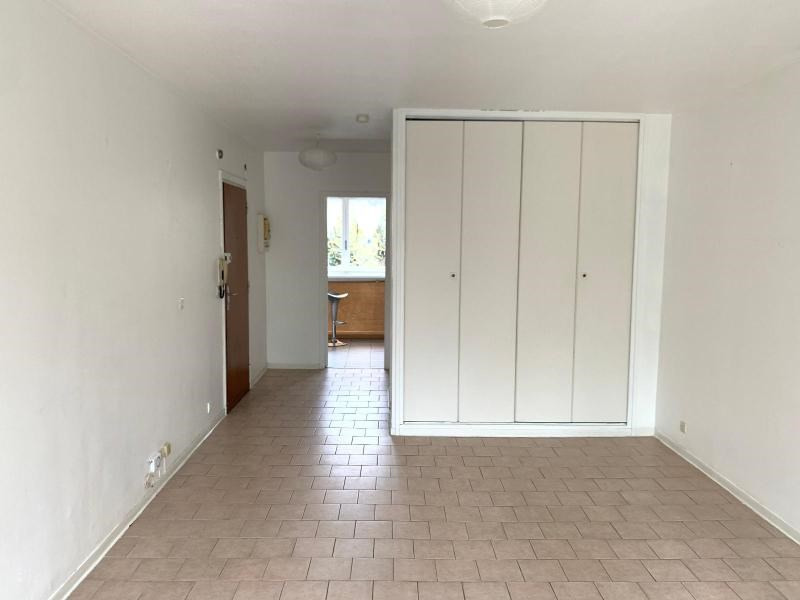 Rental apartment Aix en provence 674€ CC - Picture 2