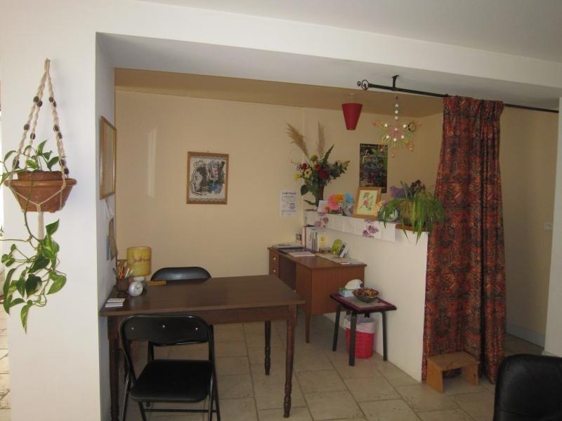 Rental apartment St cyprien 430€ CC - Picture 2