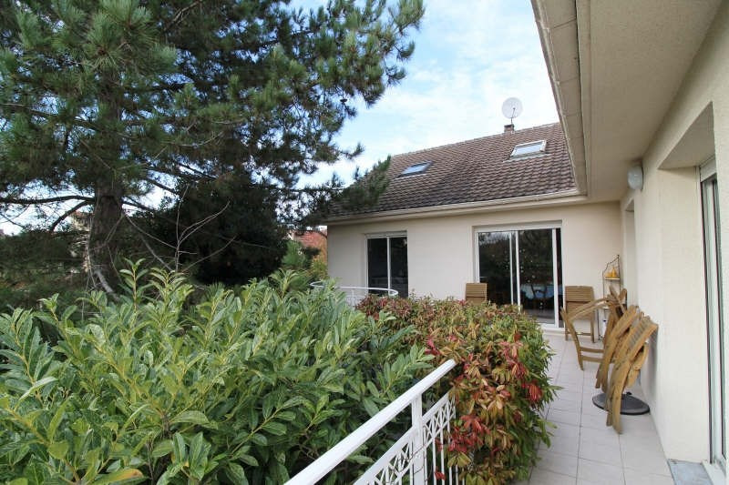 Sale house / villa La verriere 435 000€ - Picture 1