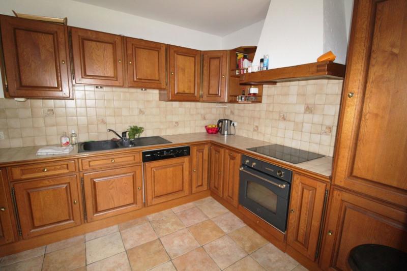 Sale house / villa Elancourt 435000€ - Picture 4