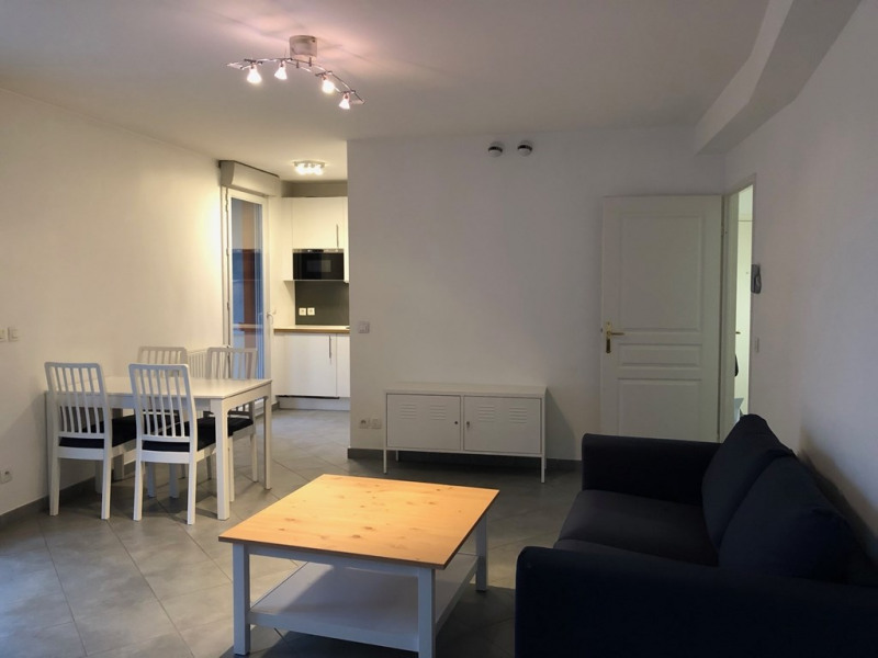 Rental apartment Annecy 948€ CC - Picture 3