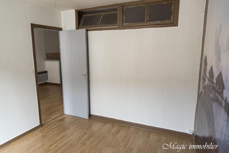 Rental apartment Nantua 321€ CC - Picture 7