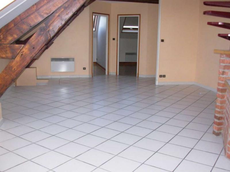 Rental apartment Saint quentin 610€ CC - Picture 1