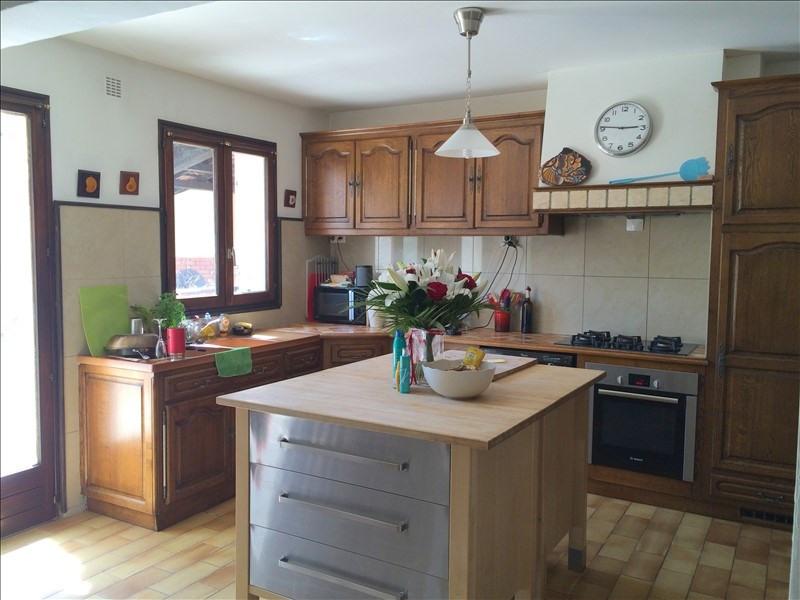 Rental house / villa Luynes 2700€ CC - Picture 6