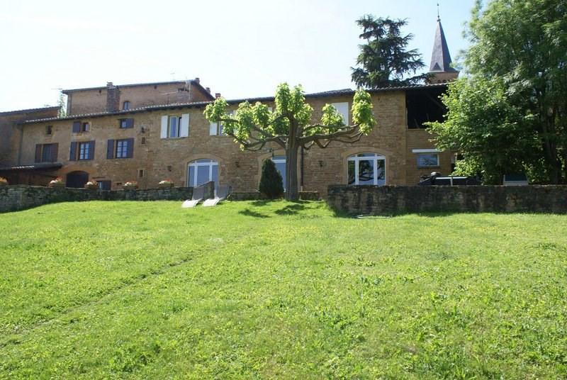 Deluxe sale house / villa Ville-sur-jarnioux 690000€ - Picture 2