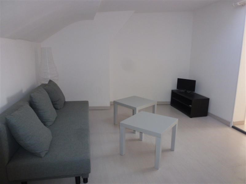 Location appartement Fontainebleau 1 013€ CC - Photo 6