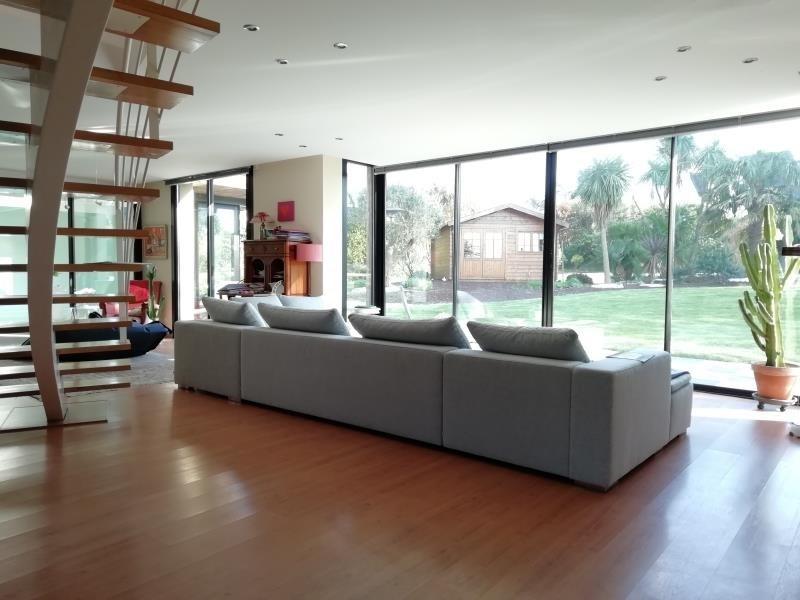 Deluxe sale house / villa Brest 640000€ - Picture 2