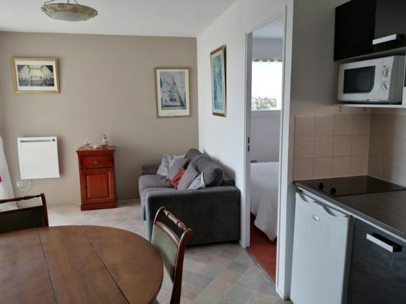 Sale apartment Royan 133125€ - Picture 2