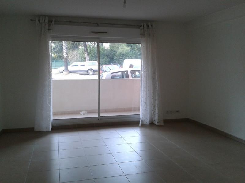 Location appartement Saint aygulf 610€ CC - Photo 3