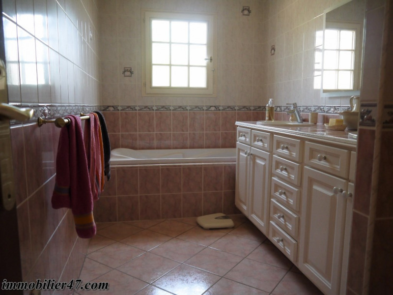 Vente maison / villa Prayssas 265 000€ - Photo 12
