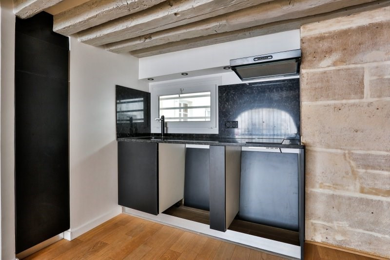 Sale apartment Paris 1er 625 000€ - Picture 3