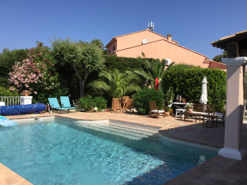 Vacation rental house / villa Les issambres 2 500€ - Picture 15