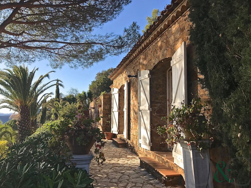 Deluxe sale house / villa Rayol canadel sur mer 1990000€ - Picture 4