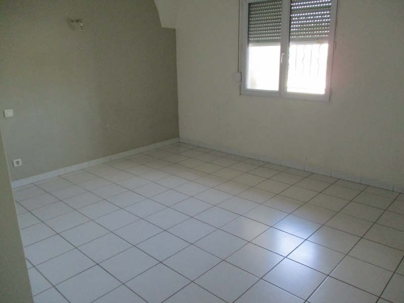 Location appartement Senas 830€ CC - Photo 8