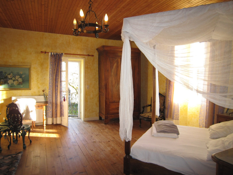 Sale house / villa Castels 390000€ - Picture 6
