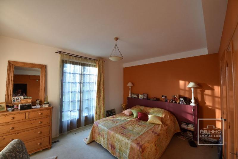 Deluxe sale house / villa Dommartin 650000€ - Picture 12