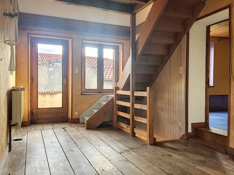 Sale house / villa Saint etienne sur usson 70850€ - Picture 2