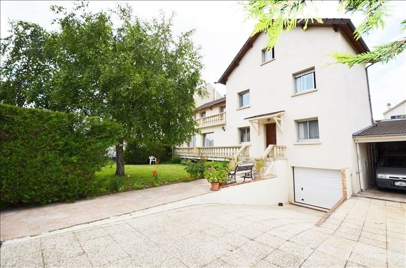 Sale house / villa Carrieres sur seine 705000€ - Picture 2