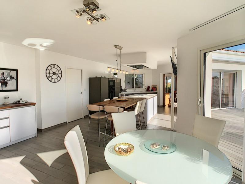 Sale house / villa La garnache 449000€ - Picture 4