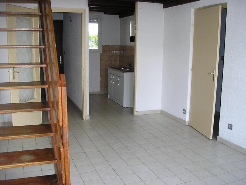 Rental apartment Montreal la cluse 480€ CC - Picture 5