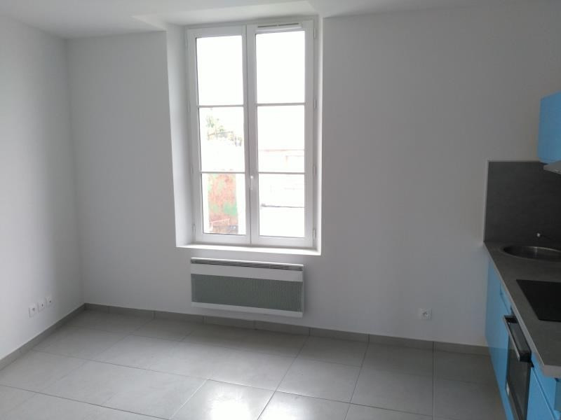 Rental apartment Meru 650€ CC - Picture 1