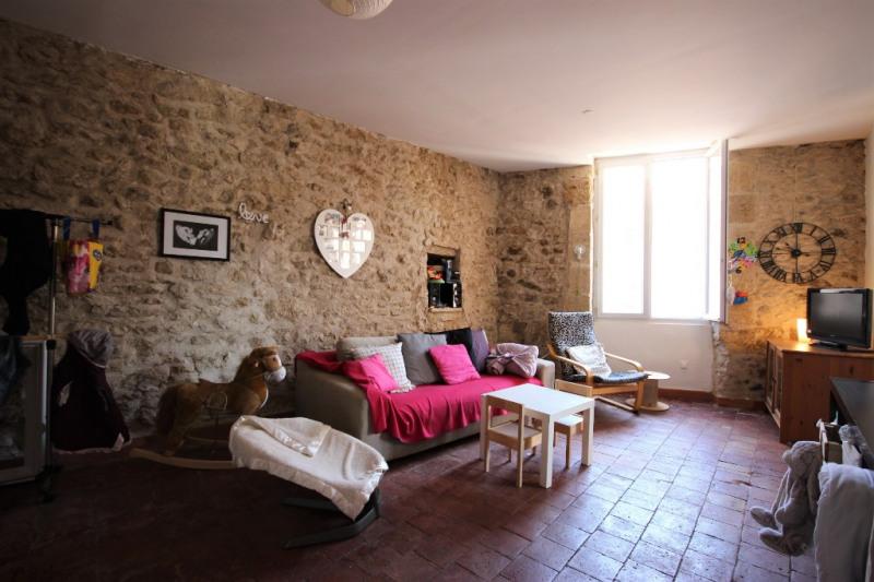 Appartement T3 de 65 m² avec balcon - centre de Lambesc