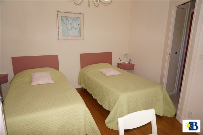 Vente maison / villa Antran 265000€ - Photo 3