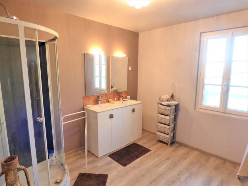 Sale house / villa Saint martin de gurson 273000€ - Picture 5