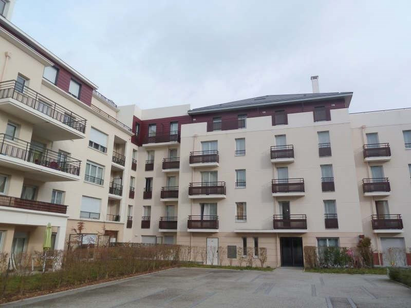 Investment property apartment Carrieres sous poissy 113 950€ - Picture 1