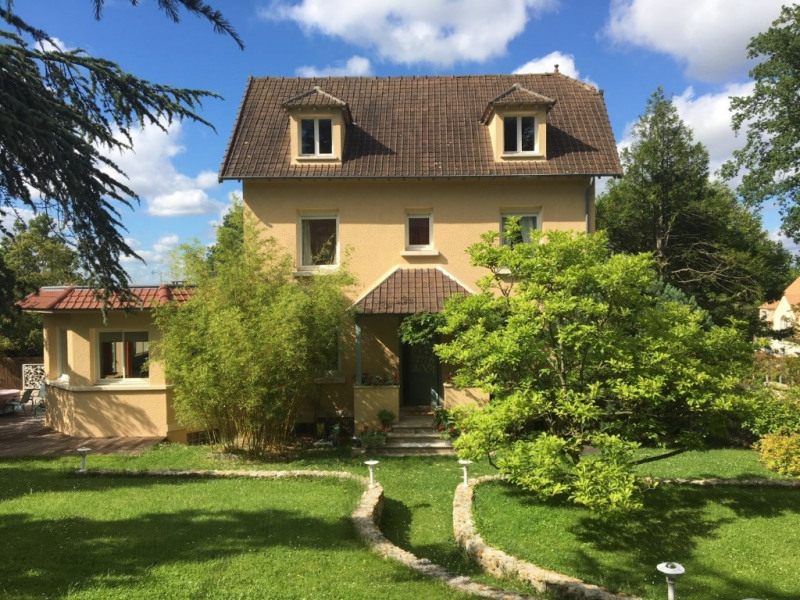 Deluxe sale house / villa Marly le roi 1 330 000€ - Picture 1
