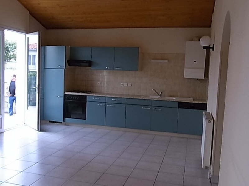 Location maison / villa Vaux sur mer 685€ CC - Photo 3