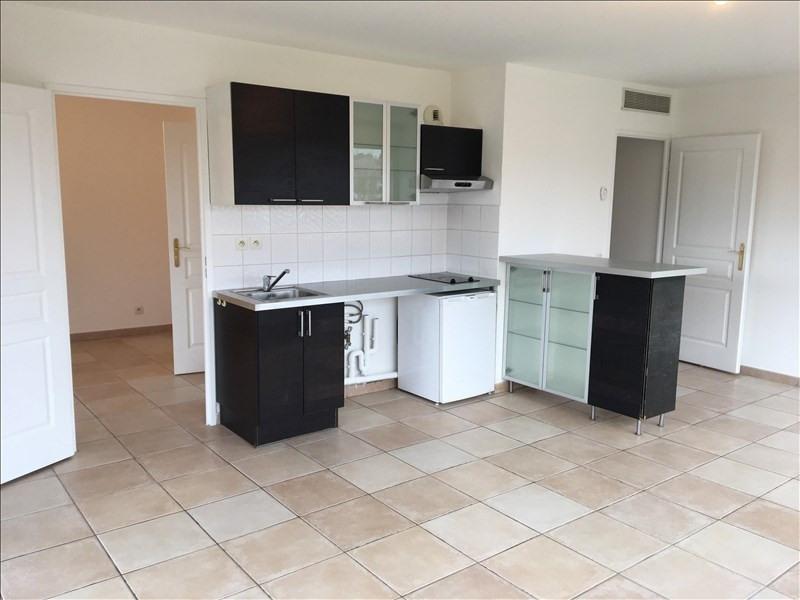 Location appartement Aix en provence 830€ CC - Photo 2