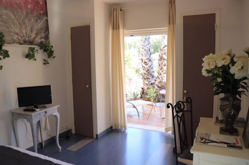 Vacation rental house / villa Grimaud 5 000€ - Picture 14