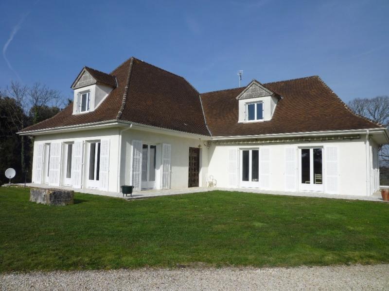 Sale house / villa Gensac la pallue 271000€ - Picture 1