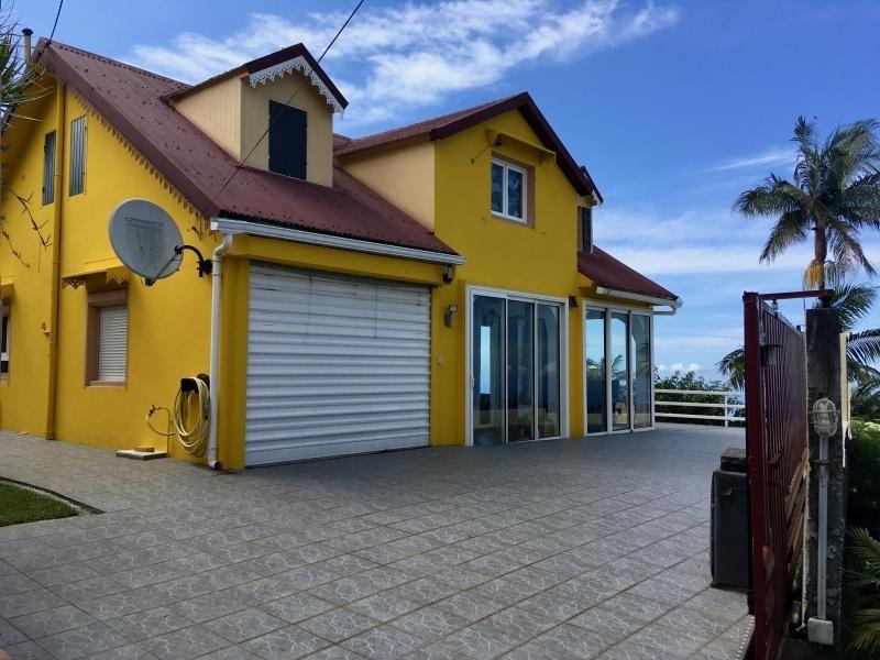 Sale house / villa Petite ile 205000€ - Picture 2