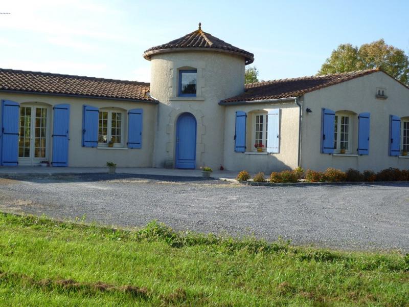 Sale house / villa Ars 232000€ - Picture 1