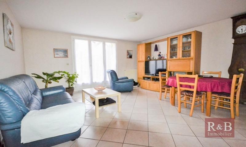Sale house / villa Plaisir 305000€ - Picture 1