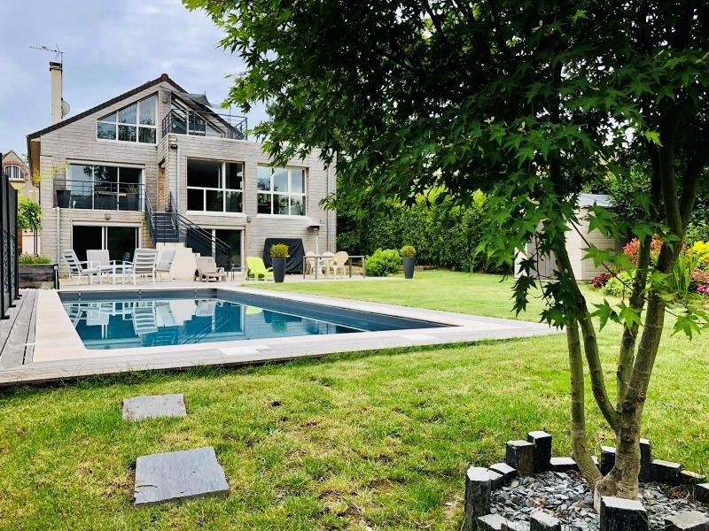 Deluxe sale house / villa Montfort l amaury 880000€ - Picture 1