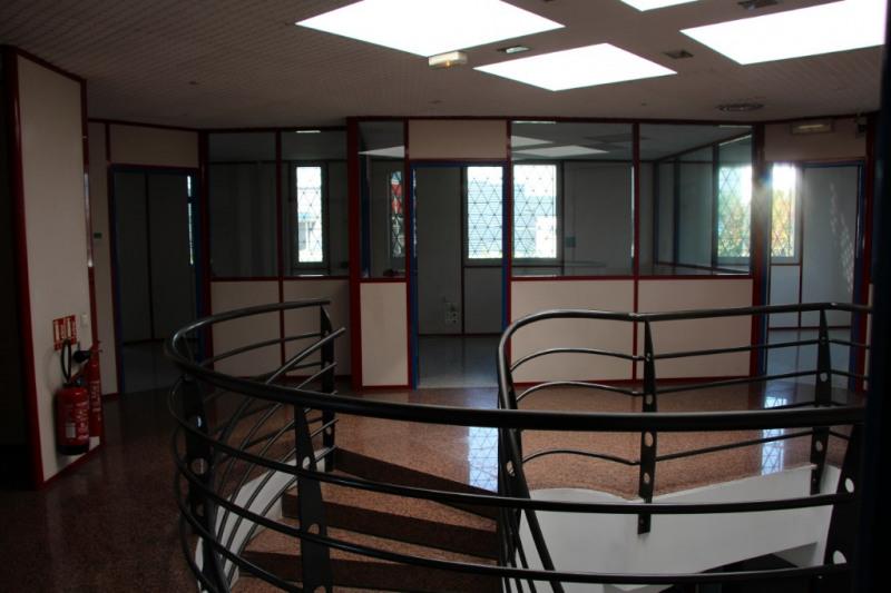 Rental office Aix en provence 3900€ CC - Picture 6