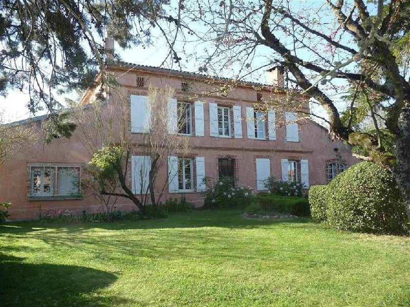 Deluxe sale house / villa Roquesserieres 655 000€ - Picture 1