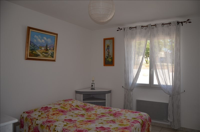 Sale house / villa Ruoms 241000€ - Picture 5