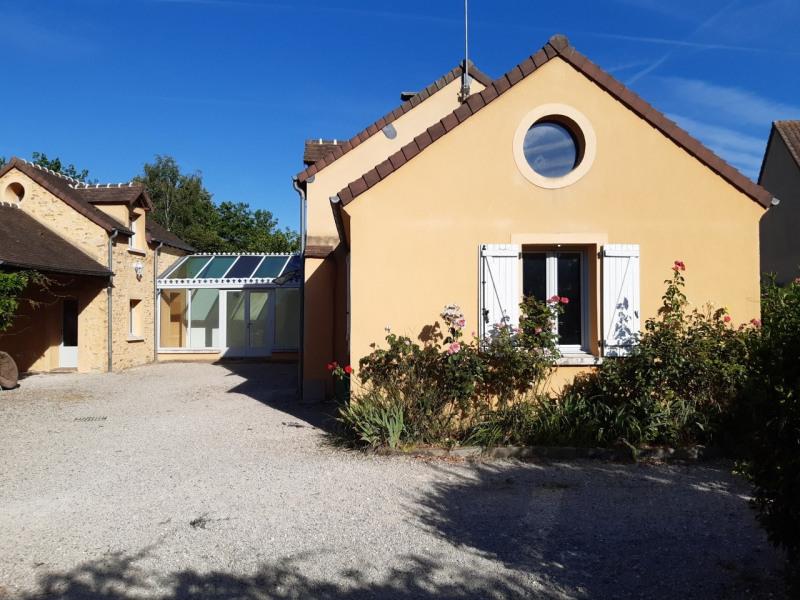 Rental house / villa Orphin 1490€ CC - Picture 2