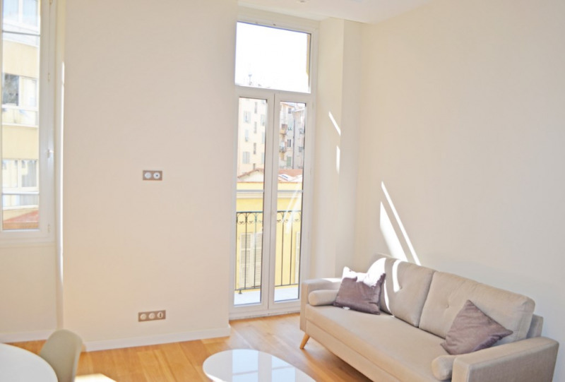 Vente appartement Nice 289000€ - Photo 2