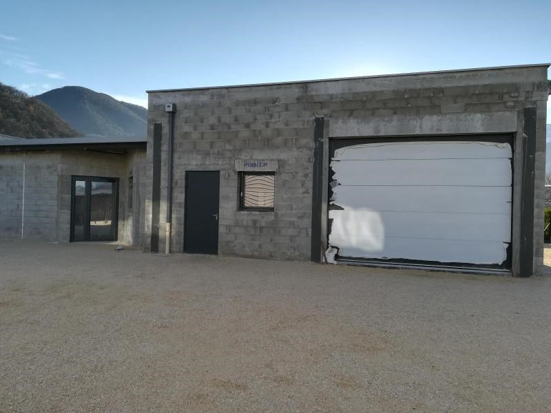 Location local commercial Vif 1200€ CC - Photo 4